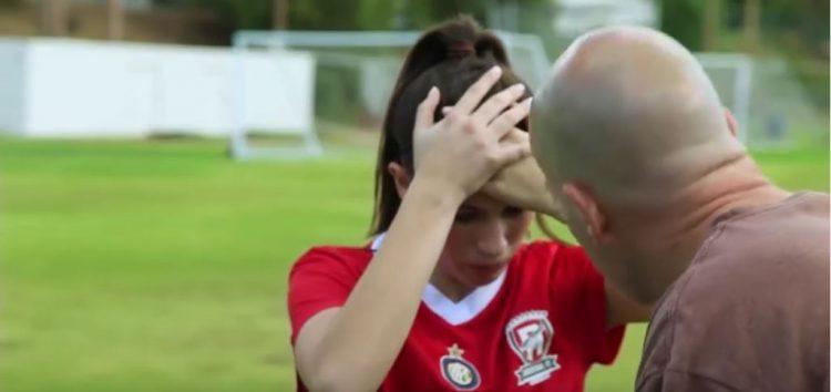 Schädel-Hirn-Verletzungen im Sport (1): Intelligenter Mundschutz bewertet Aufprälle